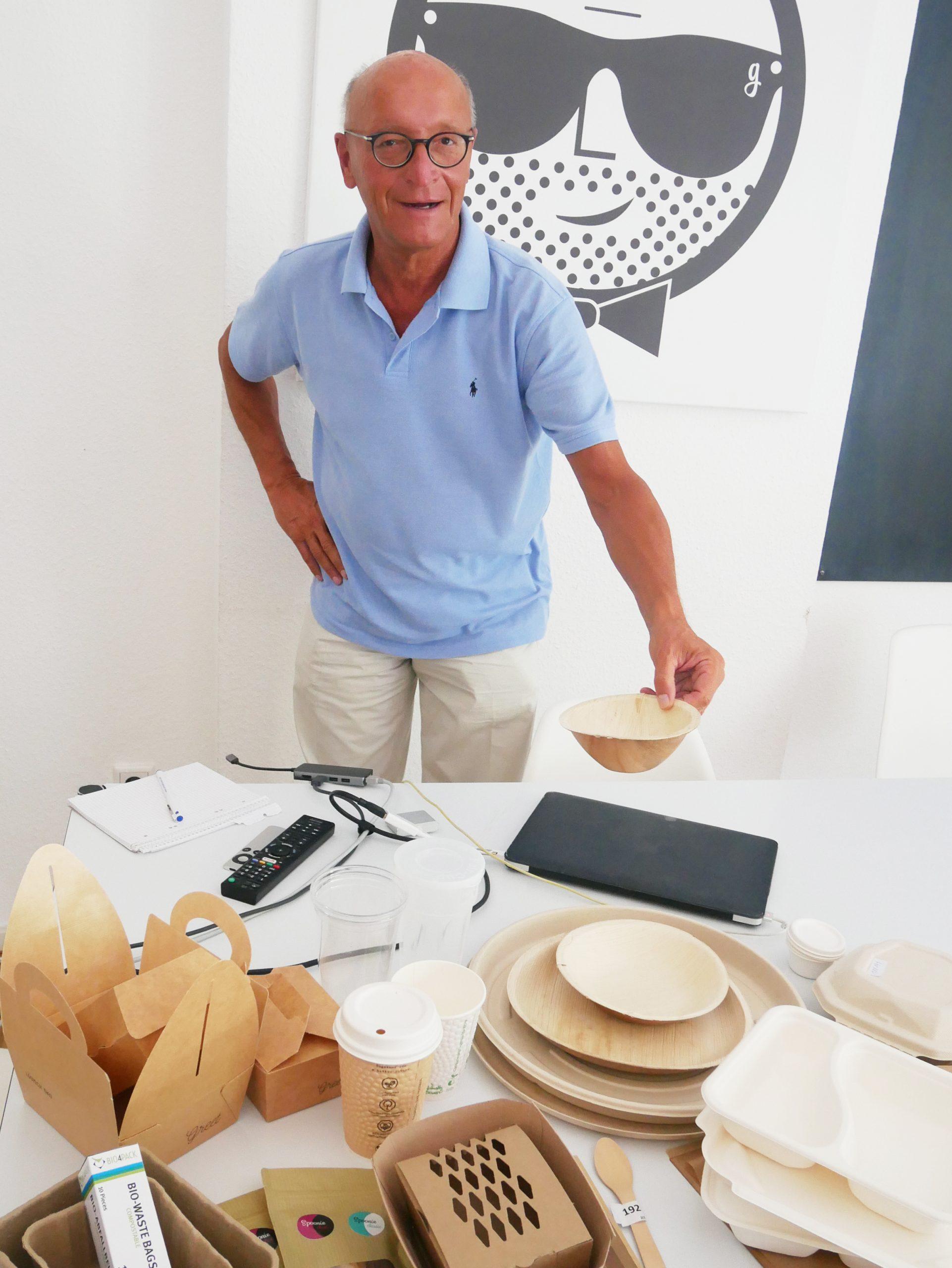 Bernhard Loos bei der Produktschau